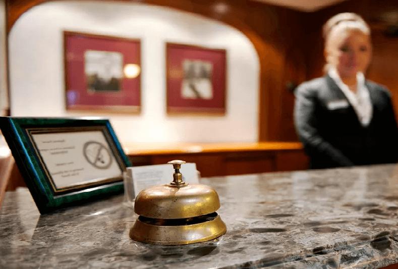 Стойка администратора отеля